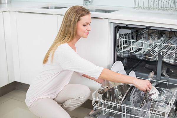 How to Prevent Your Dishwasher from Clogging