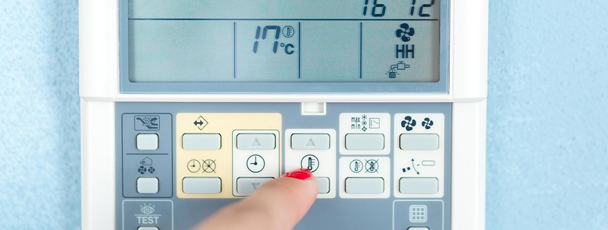 adjusting digital thermostat controlling unit